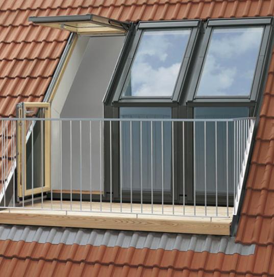 Fenetre de toit Velux avec balcon