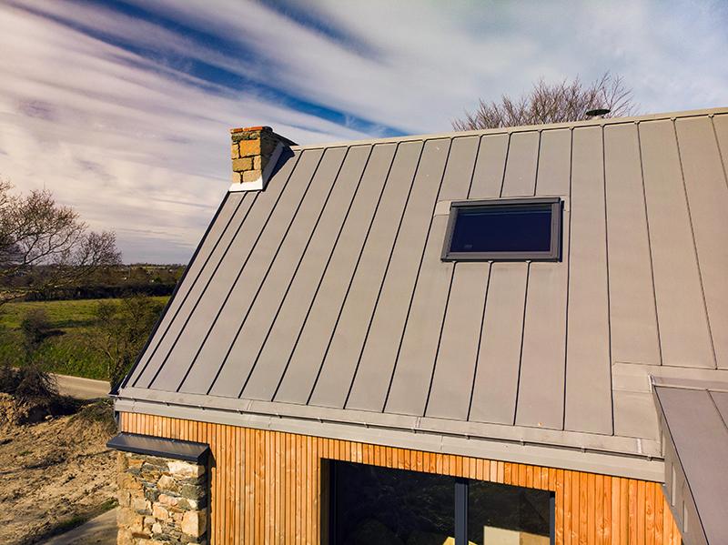 Toiture en zinc à paimpol poiur la rénovation d'une maison